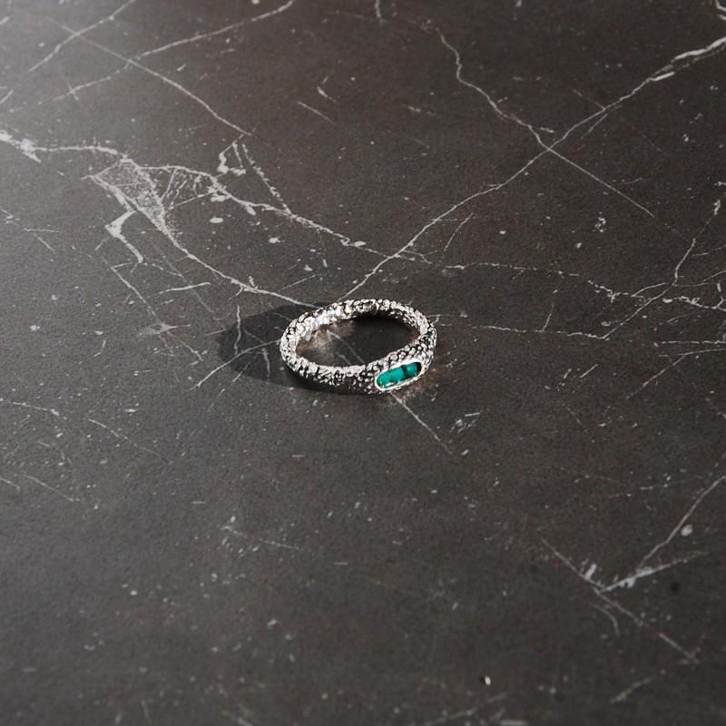 pierścionek srebrny z zielonym onyksem
