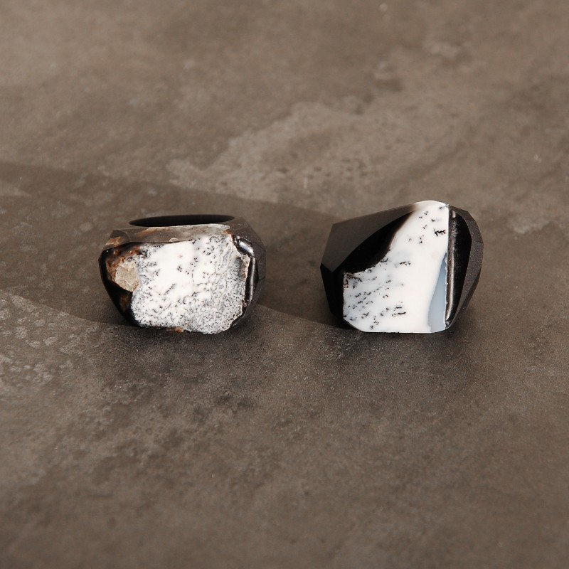 Pierścień z agatem dendrytowym