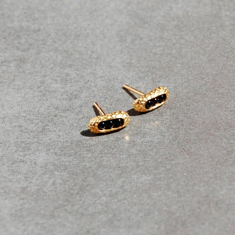 kolczyki złocone z onyksem